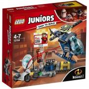 Lego Juniors Disney Incredibles 2: Elastigirl's Rooftop Pursuit (10759)