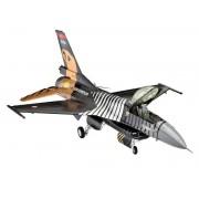 """Modelul aeronavei ModelKit 04844 - F-16 C """"SOLO TÜRK"""" (1:72)"""