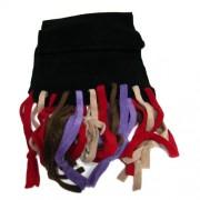 Bufanda negra con flecos de colores