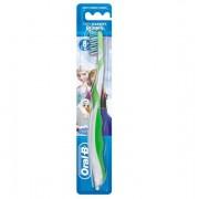 Oral-B Pro-Expert Stages Frozen 8+ Tandenborstel