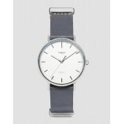 Timex Часы с черным кожаным ремешком Timex Fairfield TW2P91300 - Черный