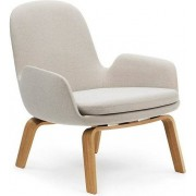 Normann Copenhagen Fotel niski Era na drewnianych nogach dąb Breeze Fusion
