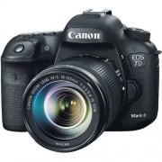Canon EOS 7D MK II 18-135mm