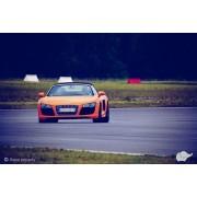 Audi R8 V8 vs Audi R8 V10