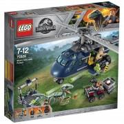 Lego Jurassic Fallen Kingdom: Helikopterachtervolging van Blue (75928)
