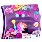 Én Kicsi Pónim, Pinkie Pie mozgó póni kiskocsival