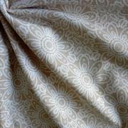 HALAS, csipkemintás lakástextil, dekorvászon, bézs. 140 cm és 280 cm széles