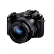 "Sony RX10(черен) в комплект със Sony 32GB SDHC, 8.3x оптично увеличение, 20.2 Mpix, 3.0"" (7.62 cm) LCD, SD слот, SDHC слот, Wi-Fi, Multi/Micro USB, Micro HDMI"