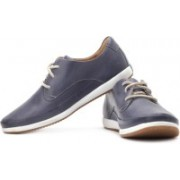 Clarks Newton Flow Corporate Casuals For Men(White, Blue)