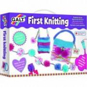 Primul meu set de tricotat 8 ghemuri si 2 andrele Galt
