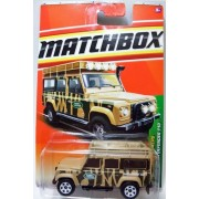 2011 Matchbox Jungle Explorers 6 of 6 LAND ROVER DEFENDER 110 #100 tan/beige with stripes