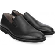 Clarks Tulik Sun Black Leather Slip On For Men(Black)