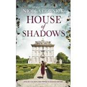 House of Shadows: An Enthralling Historical Mystery, Paperback/Nicola Cornick