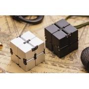 """Infinity Cube - """"Végtelen"""", hajtogatható kocka"""