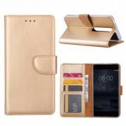 Luxe Lederen Bookcase hoesje voor de Nokia 6.1 - Goud