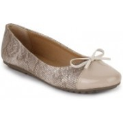 Vilax Shining Snake Patent Ballerinas With Bow Bellies(Beige, Beige)
