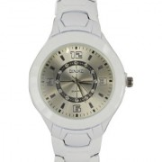 HK Casual Fashion Women Luxury Design White wrist watch Stainless Steel Dial