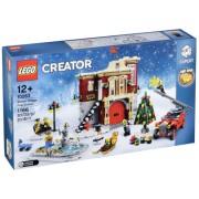 LEGO Creator 10263 winter fire station