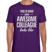 Bellatio Decorations Awesome Colleague fun t-shirt paars voor heren S - Feestshirts