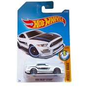 Hot Wheels 2017 Muscle Mania Ford Shelby GT350R 213/365