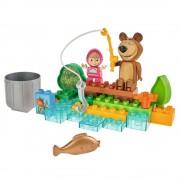 Set constructie Big Masha and the Bear Go Fishing 29 piese