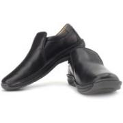Clarks Stroll Over Genuine Leather Slip On Shoes For Men(Beige, Black)