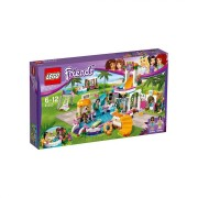 Giocattolo lego friends la piscina all'aperto di heartlake 41313