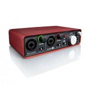 Interfata audio Focusrite Scarlett 2i2 mk2