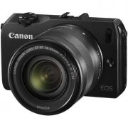 Canon EOS M svart hus + EF-M 18-55mm 3,5-5,6 IS STM + Speedlite 90EX