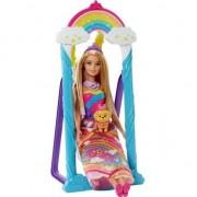 Set de joaca Papusa Barbie si leaganul magic Dreamtopia