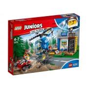 URMARIRE PE MUNTE - LEGO (10751)