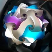 Lampadesign.com Lampade moderne da comodino camera da letto UFO d. 21 h 16 cm MONTATA colori a scelta