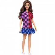 Papusa Barbie in rochie cu carouri Barbie Fashionistas