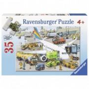 RAVENSBURGER puzzle (slagalice) - aerodrom RA08603