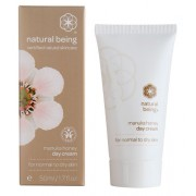 Дневен крем за лице с мед от манука за нормална към суха кожа - Natural Being Manuka honey day cream 50 мл
