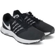 Nike RUN SWIFT Running Shoes For Men(Black)
