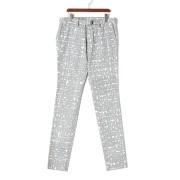 【85%OFF】EDDY レタリング柄 ベルテッド テーパードパンツ グレー 46 ファッション > メンズウエア~~パンツ