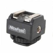 Nicefoto C-N2 Flash Hot Shoe PC Sync Socket Convert Adapter for Canon to Nikon, Speedlite flash Accessory Hot Shoe Adapter - Adaptor cablu Sync pt. Nikon