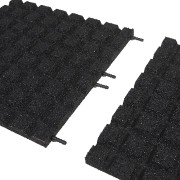 Černá gumová dopadová dlaždice (V30/R15) FLOMA - délka 100 cm, šířka 100 cm a výška 3 cm