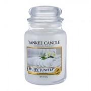 Yankee Candle Fluffy Towels mirisna svijeća 623 g
