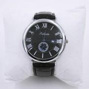 39 Armbandsur, svart, D:. 4,5 cm