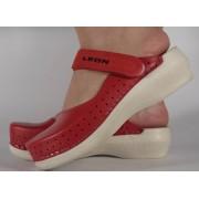 Saboti/Papuci rosii din piele naturala (cod PU-195)