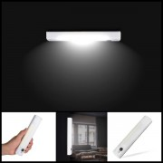 Sensorstyrd LED vägglampa / garderobslampa - Självhäftande