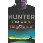 Hunter (Wood Tom)(Paperback) (9780751545302)