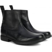 Clarks Ashburn Zip Black Leather Boots For Men(Black)