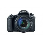 Canon EOS 77D m/18-135mm IS USM