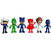 Set 6 figurine Eroii in Pijama cu accesorii de lupta