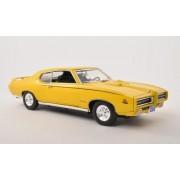 Motor Max 1969 Pontiac GTO Judge, Yellow - 73133AC 1/18 Scale Diecast Model Toy Car