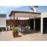 Pergola de madera adosada a pared Barcelona 3 de 450x430 cm. para Terrazas y Jardines