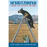 Schutzhund: Theory and Training Methods, Paperback/Susan Barwig